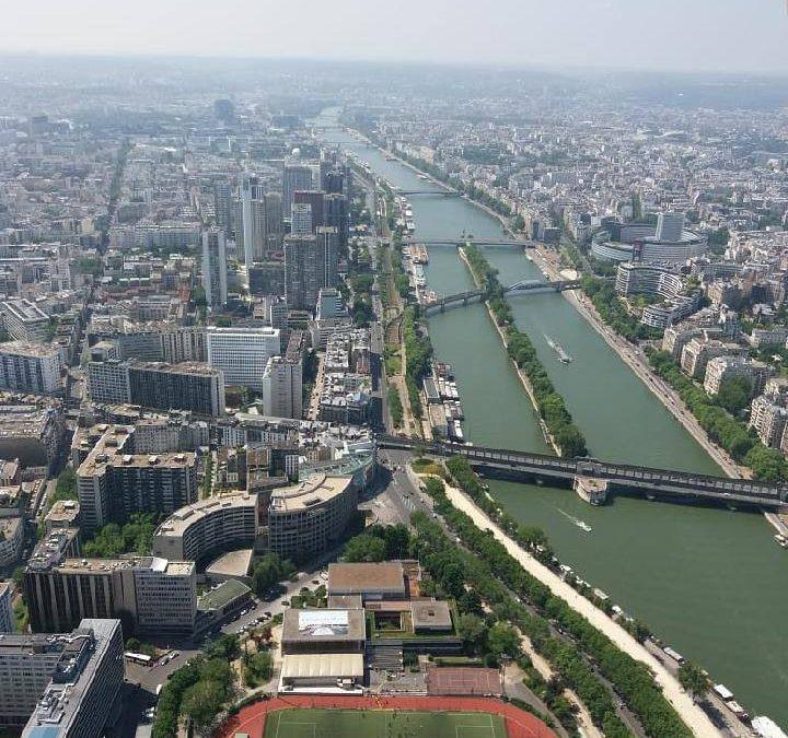 Valinnaista ranskan kieltä opiskelleet 9.-luokkalaiset matkustivat Pariisiin 18….