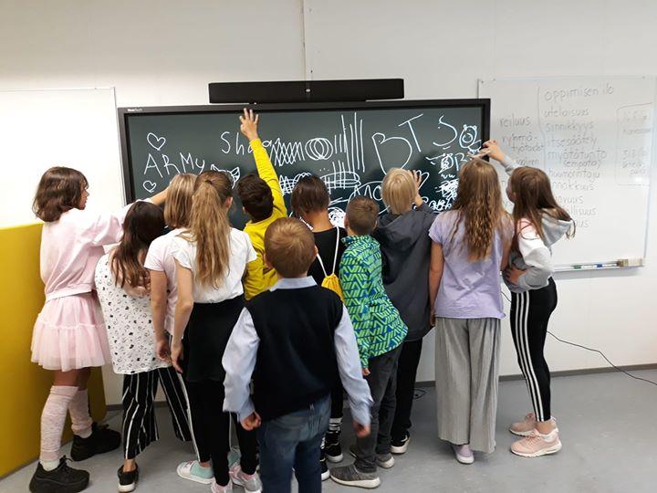 Kiitollisuutta ja yhteisöllisyyttä opettelemassa uusissa tiloissa Pelimannintiel…